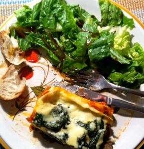 Rosemary -infused mushrooms and garlicky spinach lasagna with a light bechamel sauce <3